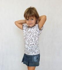 Dívčí letní tričko MIRINKA béžové srdíčka č.1