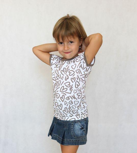 Dívčí letní tričko MIRINKA béžové srdíčka