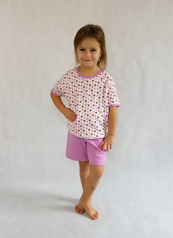Dětské pyžamo DANICA jahůdky